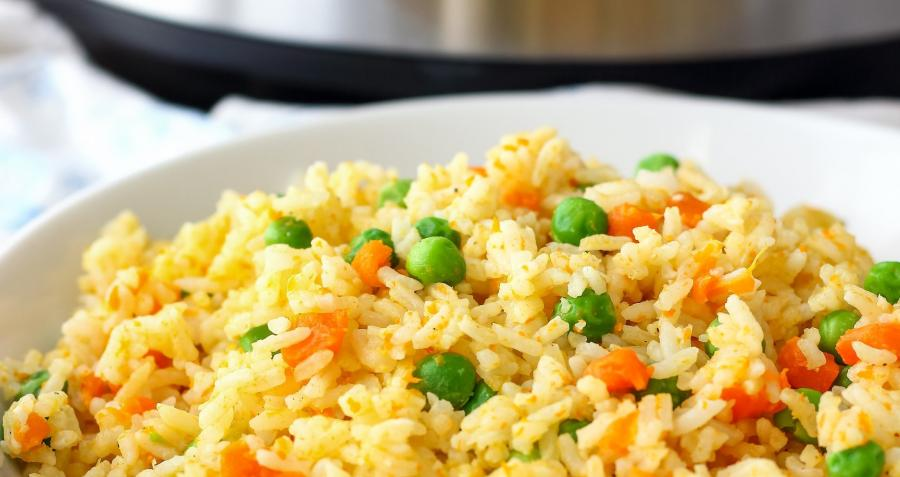 Electric pressure cooker or Instapot with fried rice